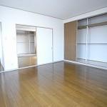 生野4F洋室